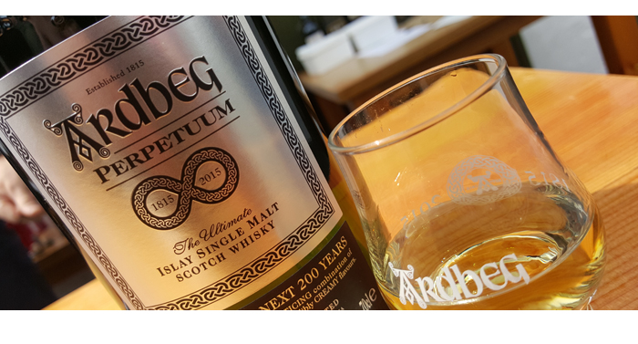 Ardbeg Perpetuum,Ardbeg Perpetuum,Ardbeg Perpetuum review,Ardbeg Perpetuum tasting notes,Perpetuum,Perpetuum tasting notes,Perpetuum review,Ardbeg,Feis Ile 2015,single malt,single malt review,single malt tasting notes,whisky,whisky review,whisky tasting,islay