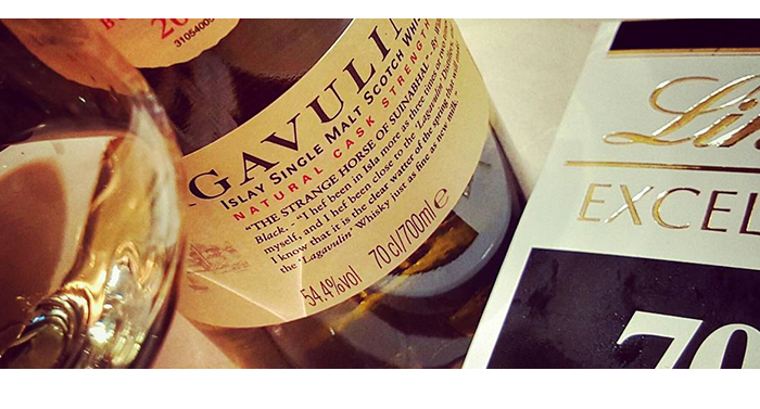 Lagavulin 12 2014,Lagavulin 12 - 2014,Lagavulin 12 - 2014 review,Lagavulin 12 - 2014 tasting notes,2014,Lagavulin 12,Lagavulin 12 review,Lagavulin 12 tasting notes,cask strength,single malt,single malt review,single malt tasting notes,whisky,whisky review,whisky tasting,scotch,scotland,lagavulin,lagavulin 12 tasting notes