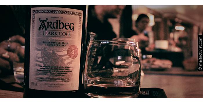 Ardbeg Dark Cove,Ardbeg Dark Cove Committee Release,Ardbeg Dark Cove Committee Release review,Ardbeg Dark Cove Committee Release tasting notes,Ardbeg Dark Cove,Ardbeg Dark Cove tasting notes,Ardbeg Dark Cove review,Dark Cove,Dark Cove review,Dark Cove tasting notes,ardbeg,ardbeg review,ardbeg tasting notes,feis ile 2016,whisky,whisky review,whisky tasting,single malt,single malt review,single malt tasting notes,islay,scotch,scotland