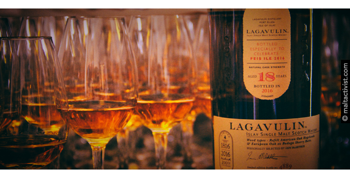 Lagavulin 18 Feis ile 2016,Lagavulin 18 Feis Ile 2016,Lagavulin 18 Feis Ile 2016 review,Lagavulin 18 Feis Ile 2016 tasting notes,Lagavulin 18,Lagavulin 18 review,Lagavulin 18 tasting notes,lagavulin,islay,scotch,whisky,single malt,single malt review,single malt tasting notes,whisky review,whisky tasting,feis ile 2016