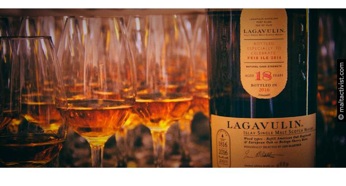 Lagavulin 18 Feis ile 2016,Lagavulin 18 Feis Ile 2016,Lagavulin 18 Feis Ile 2016 review,Lagavulin 18 Feis Ile 2016 tasting notes,Lagavulin 18,Lagavulin 18 review,Lagavulin 18 tasting notes,lagavulin,islay,scotch,whisky,single malt,single malt review,single malt tasting notes,whisky review,whisky tasting,feis ile 2016